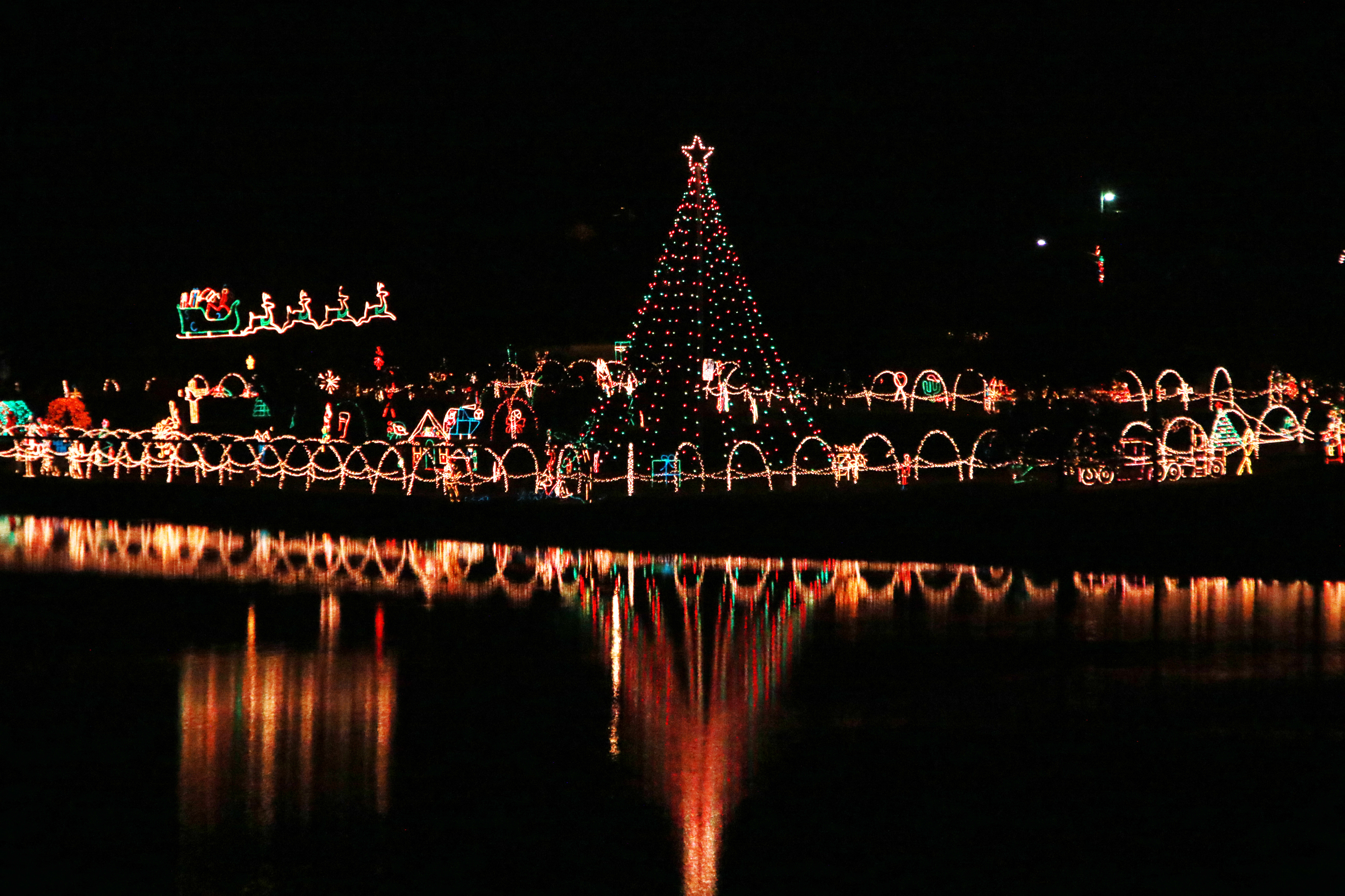 Marble Falls Christmas Lights.Light Up The Holidays Tex Appeal Magazine