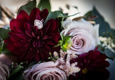 Wedding bouquets with simple elegance